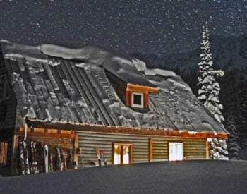 Valhalla Mountain Lodge at night